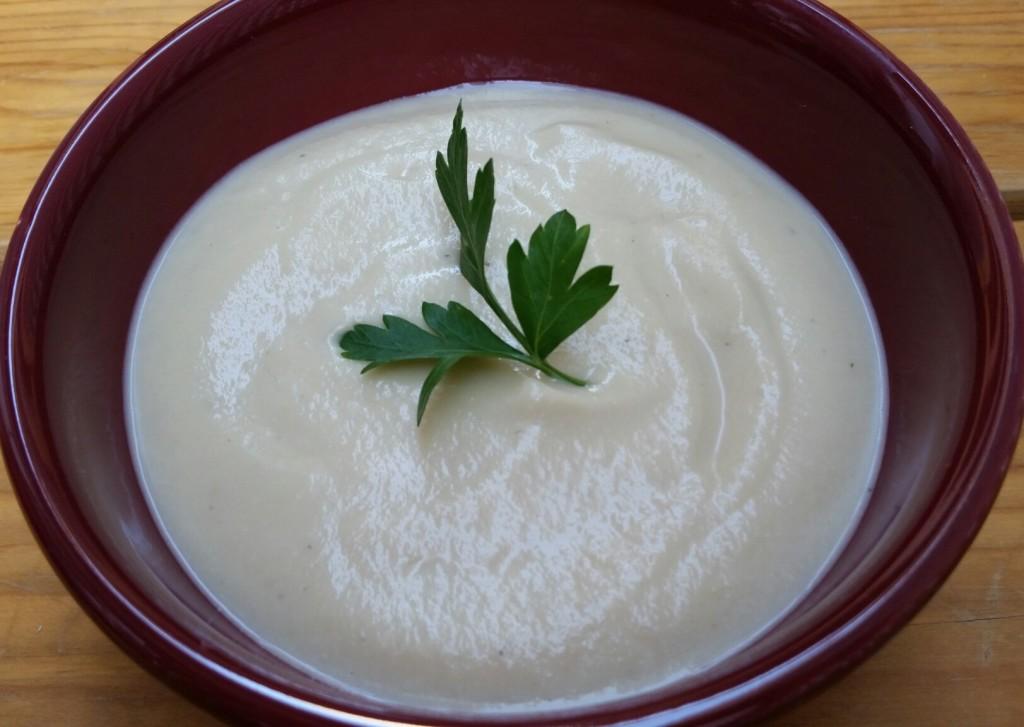 Cold n' Creamy Cauliflower Soup